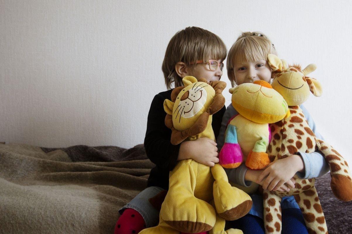 8 op 10 kinderen in onze Belgische projecten groeien samen op met broers of zussen